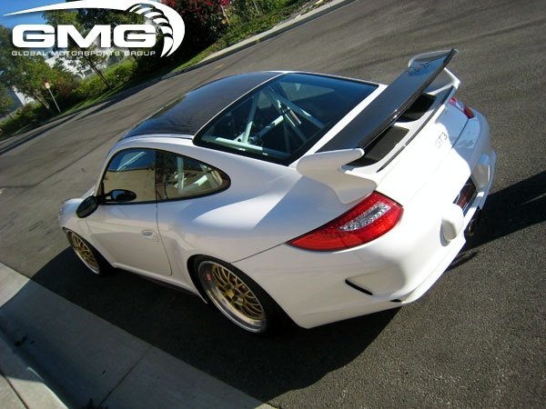 Porsche GT3 carbon fiber roof transplant by GMG Racing Gmg-wo10