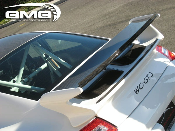 Porsche GT3 carbon fiber roof transplant by GMG Racing Gmg-wo11