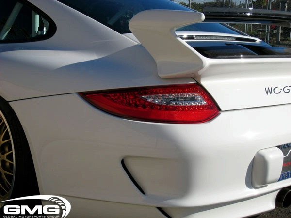 Porsche GT3 carbon fiber roof transplant by GMG Racing Gmg-wo18