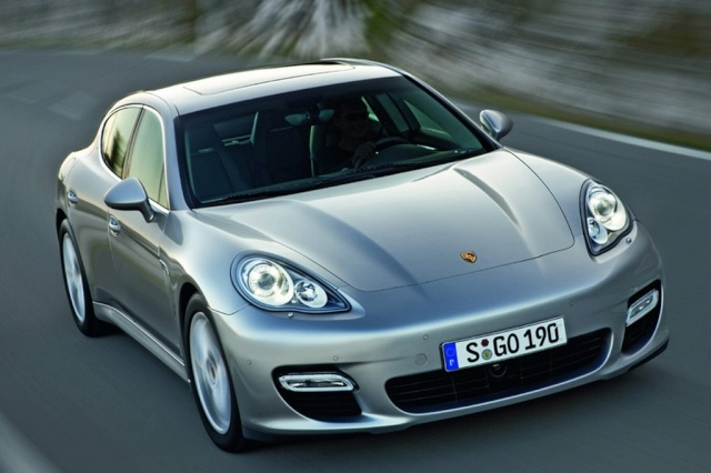 Official Porsche Panamera Image Leaked Offici10