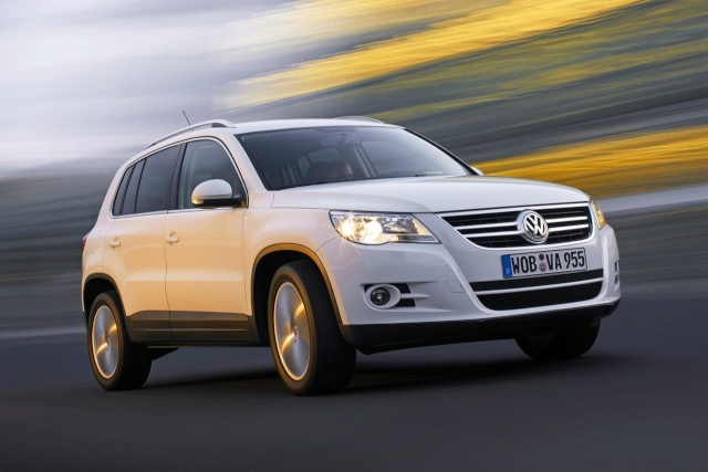 VW Tiguan Gets Front Wheel Drive Option (DE) Vw-tig10