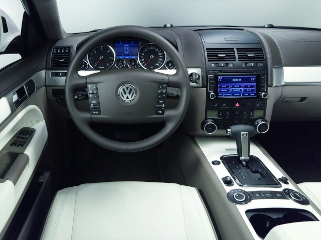 VW Touareg North Sails special edition now available to orde Vw-tou15