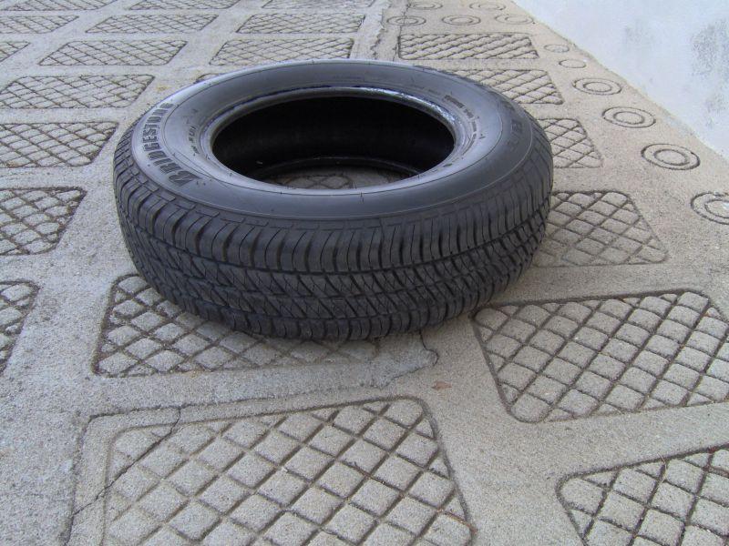 Pneu Bridgestone Dueler H/T 195R15 - VENDIDO Roda_s10