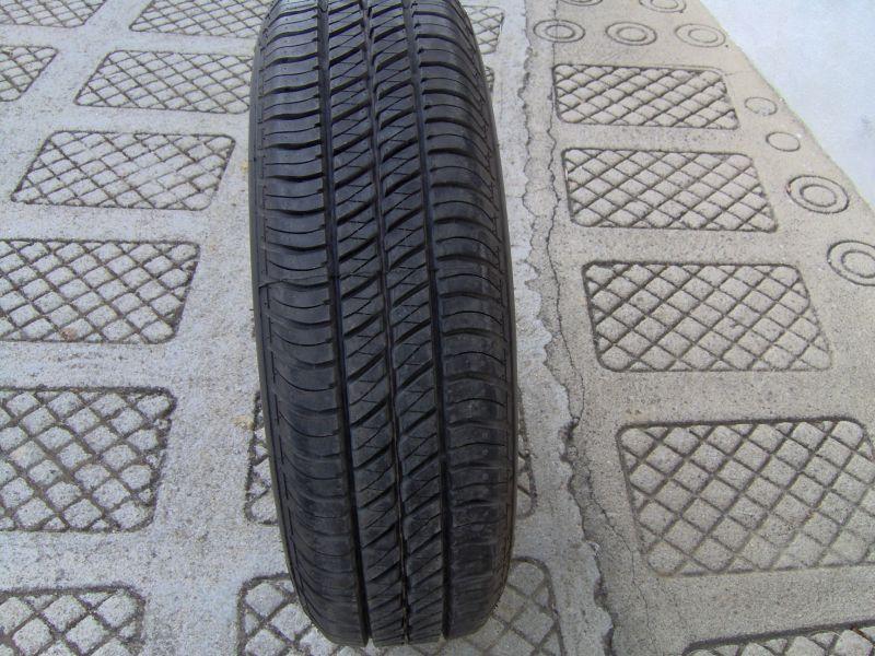 Pneu Bridgestone Dueler H/T 195R15 - VENDIDO Roda_s11