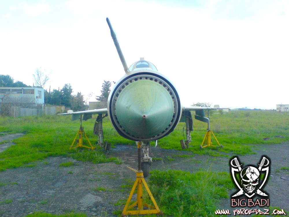 طائرة مقاتلة إعتراضية ميغ-21  MIG-21 Dsc02519