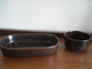 Zana's brown Air Nz DC10 dishes.... Air_nz10