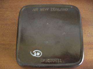 Zana's brown Air Nz DC10 dishes.... Crown_11