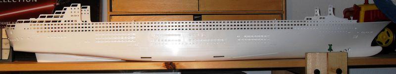 Queen Mary 2 in 1:400 von Revell Sdc10315