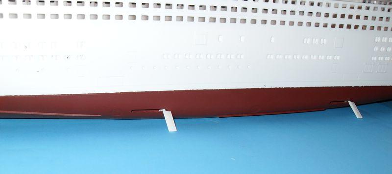 Queen Mary 2 in 1:400 von Revell Sdc10324
