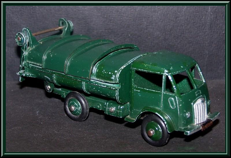 25 V ford poubelle Ford_p10