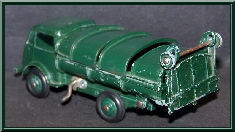 25 V ford poubelle Ford_p11