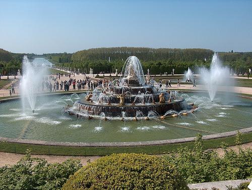 Canalisation des fontaines de Versailles Latone10
