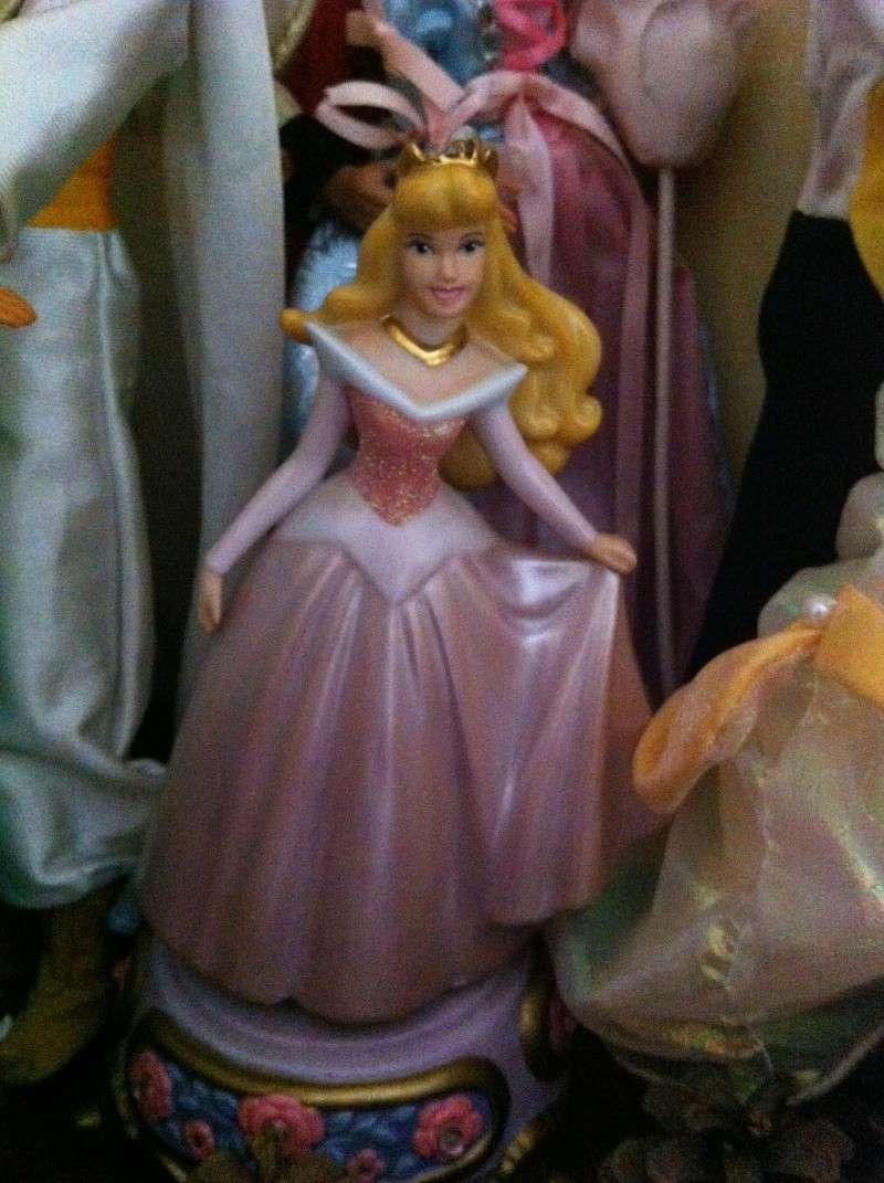 Ma collection des poupées des films de DISNEY - Page 4 Img_6922