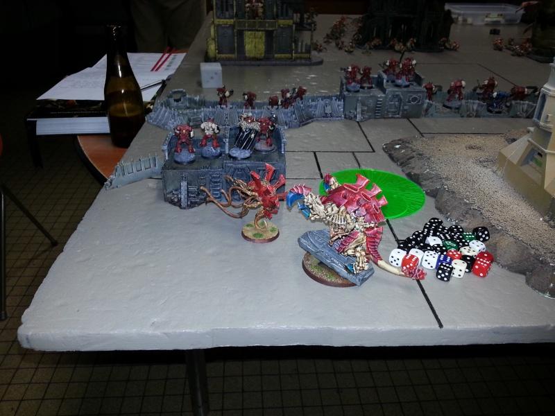 Rapport de bataille - Ruche Behemoth vs Space Marines 20130717