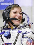 Troisième sélection d'astronautes ESA (1re partie) - Page 37 Peggy_12