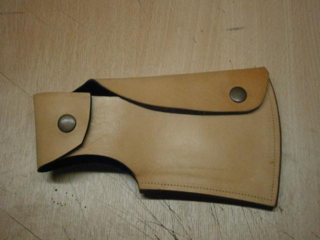 [fabrication] étuis en cuir pour outils ... P7170114