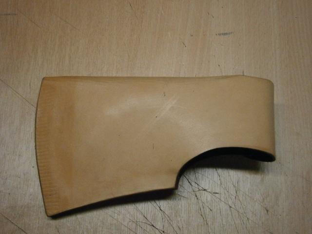 [fabrication] étuis en cuir pour outils ... P7170115