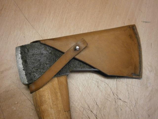 [fabrication] étuis en cuir pour outils ... P7170116