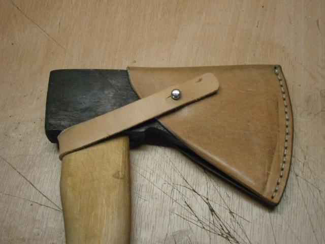 [fabrication] étuis en cuir pour outils ... P7170121