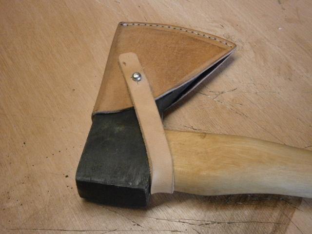 [fabrication] étuis en cuir pour outils ... P7170122