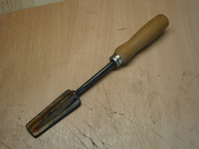 [fabrication] étuis en cuir pour outils ... P8160119
