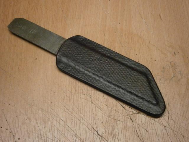 [fabrication] étuis en cuir pour outils ... P8160124