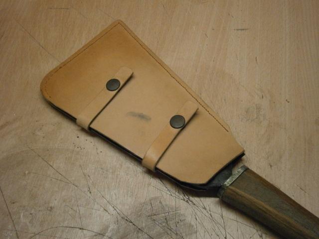 [fabrication] étuis en cuir pour outils ... P8160216