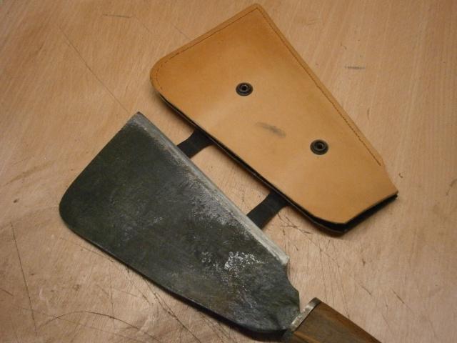 [fabrication] étuis en cuir pour outils ... P8160218