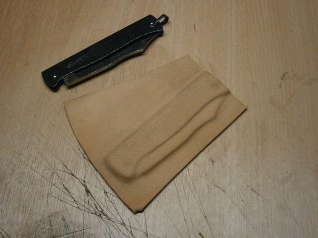 [fabrication] étuis en cuir pour outils ... P8160224