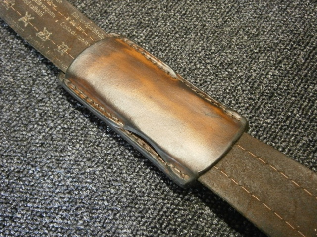 [fabrication] étuis en cuir pour outils ... P8200211