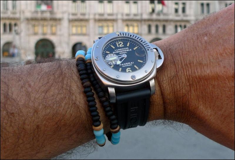 Votre montre sur le poignet d'un autre ... Bomba_10