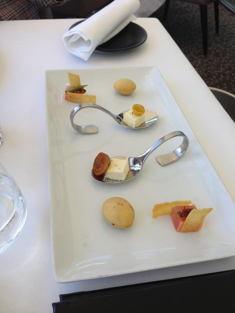 Les déjeuners du Sud sont souvent gastronomiques et copieux ! Img_2812