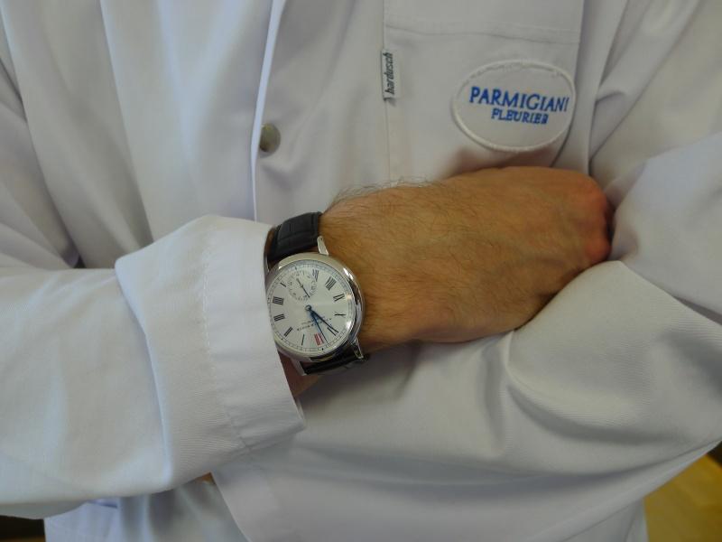 Votre montre sur le poignet d'un autre ... L1030310