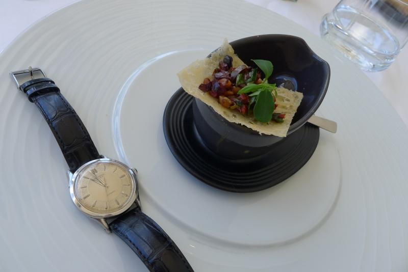 Les déjeuners du Sud sont souvent gastronomiques et copieux ! L1070418