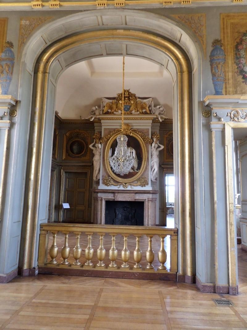 Le Château de Maisons-Laffitte - Page 5 Sam_0253