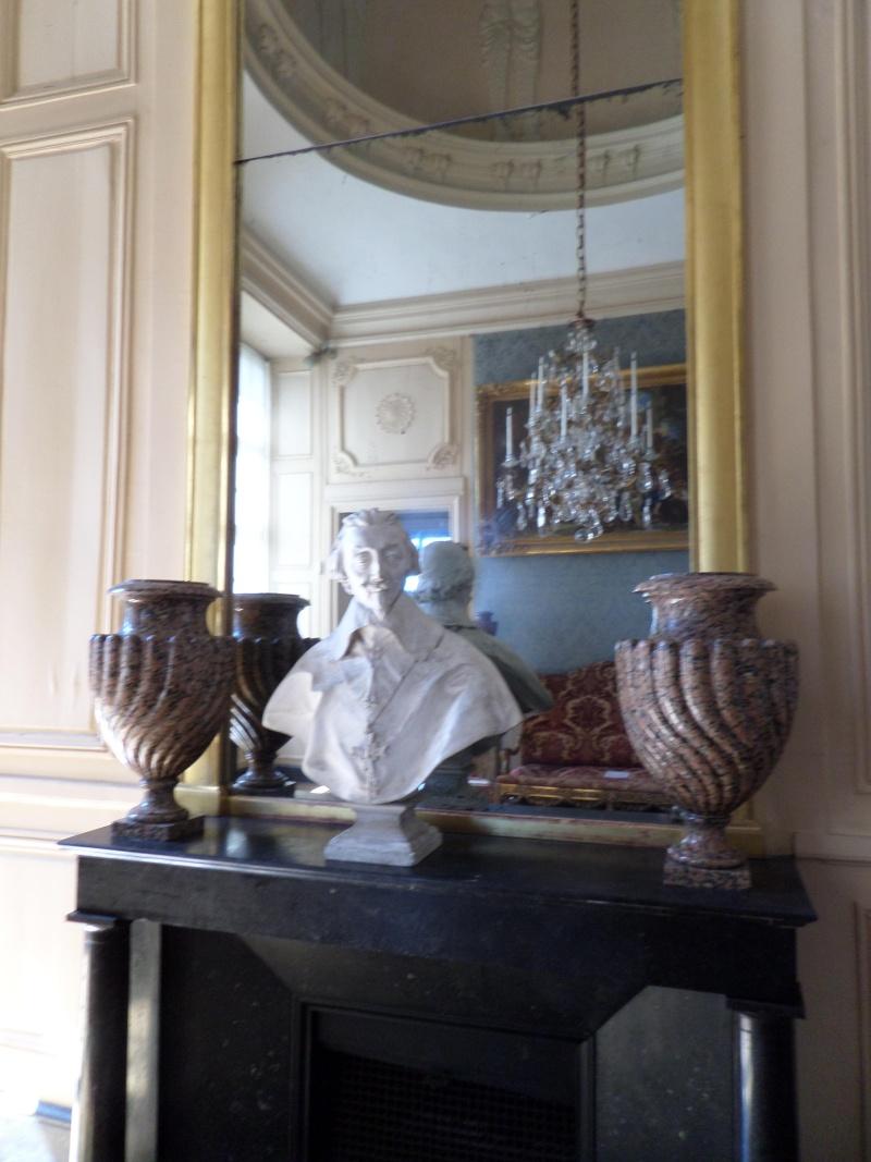 Le Château de Maisons-Laffitte - Page 5 Sam_0276