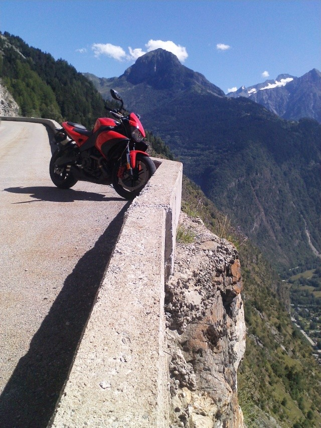 dub in Buell 1125 cr //Nouvelles photos + 1eres impressions p.2\\ - Page 2 P1208115