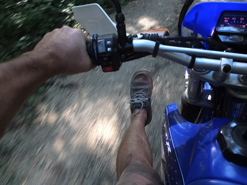 La CRF250L, la TTR 250, bref, les trails/enduro légers....quelqu'un a déjà essayé ? Et la Beta Alp 200cc....? - Page 5 Dscf4416
