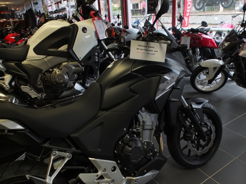 Et la Honda CB500X ?  Dscf4535