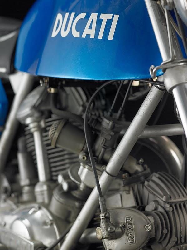750 GT.. Ducati17