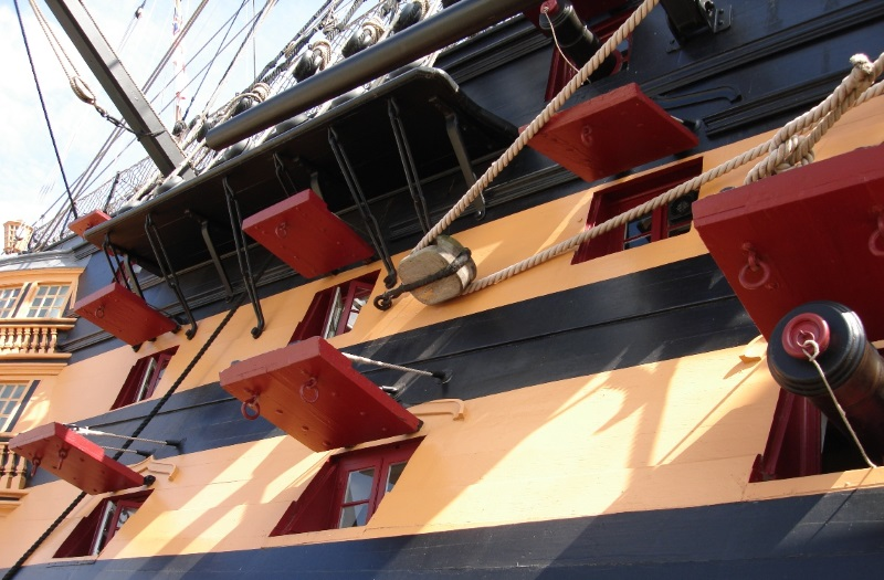 HMS Victory de Mantua au 1/98° - Page 9 Victor12