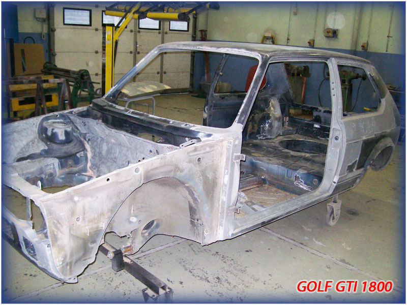 GOLF GTI MK1......450 000KMS BLEU HELLIOS EN COURS..... 2011-018