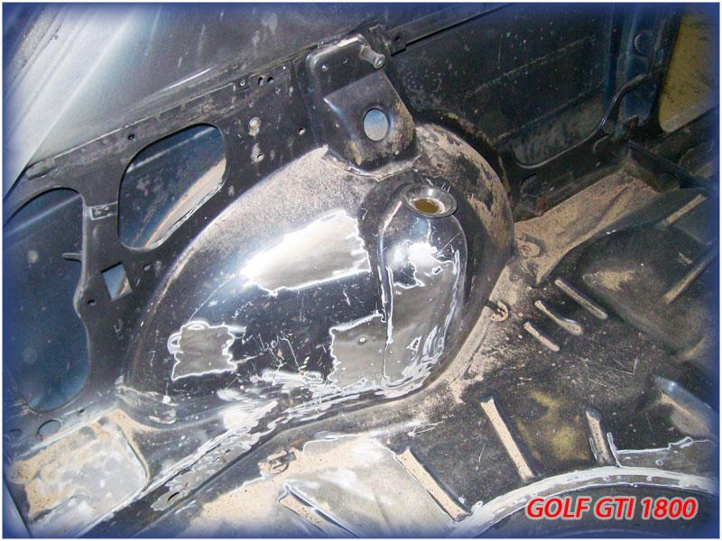 GOLF GTI MK1......450 000KMS BLEU HELLIOS EN COURS..... 2011-023