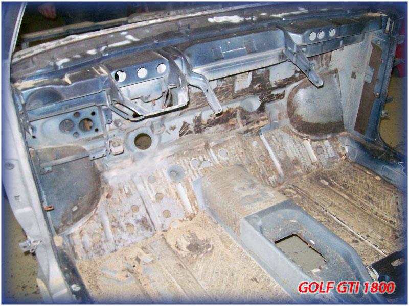 GOLF GTI MK1......450 000KMS BLEU HELLIOS EN COURS..... 2011-024