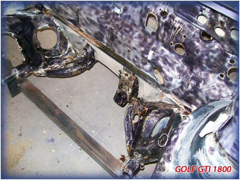 GOLF GTI MK1......450 000KMS BLEU HELLIOS EN COURS..... 2011-025