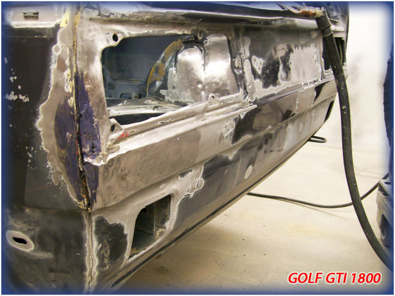 GOLF GTI MK1......450 000KMS BLEU HELLIOS EN COURS..... 2011-030