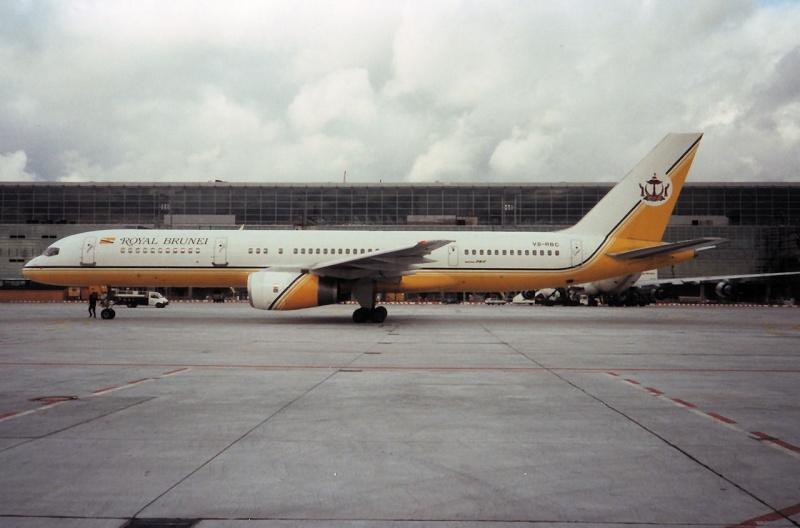 757 in FRA - Page 2 V8-rbc10