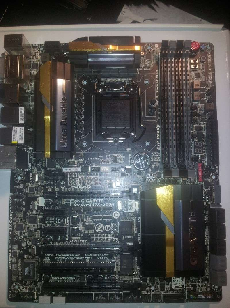 Projet pour Typhoon ///// Lian-li PC-X2000 WW Black  2013-019