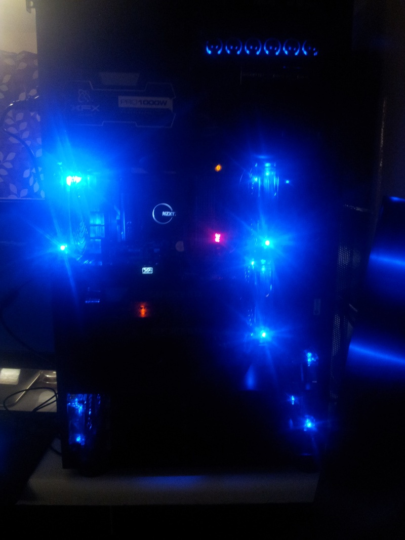 Projet pour Typhoon ///// Lian-li PC-X2000 WW Black  2013-025