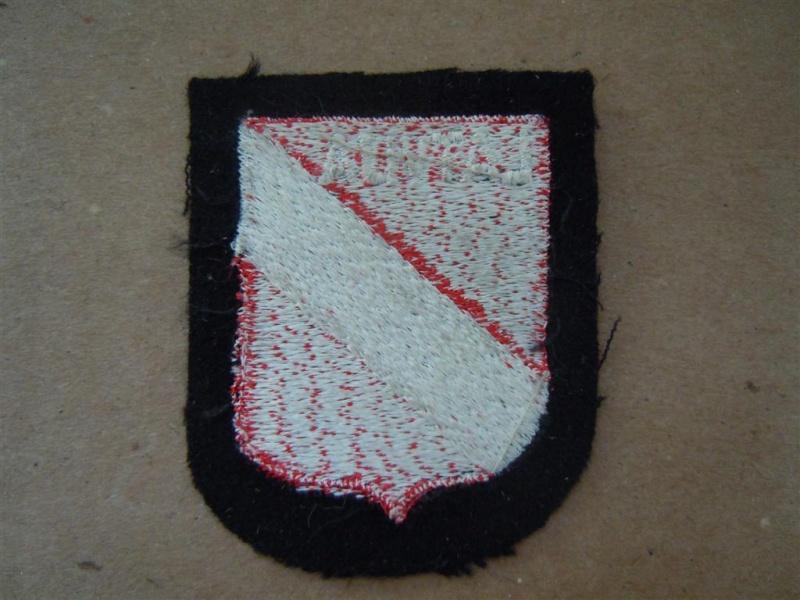 insigne de nationalité: SS LETTON Dscn2621